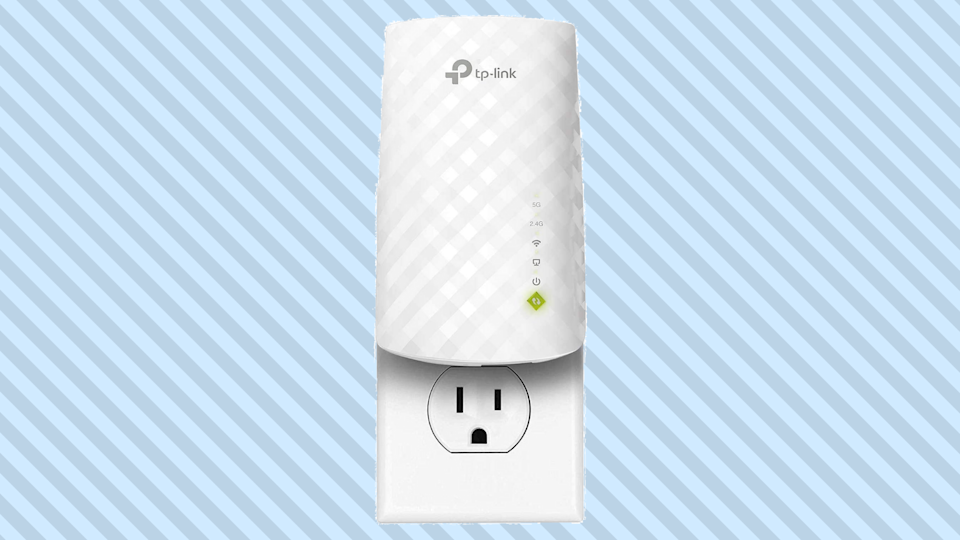 You're just a couple of clicks and less than a minute away from getting ahold of a  Wi-Fi signal extender that'll really go the distance. (Photo: Amazon)
