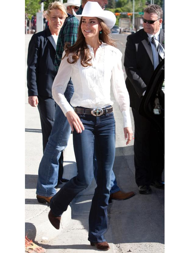 Kate Middleton photos: Yee ha! Kate styled up a Stetson with a simple white shirt, jeans and brown suede boots. We bet she was grateful to wear some comfy attire while on a tour of the States.
