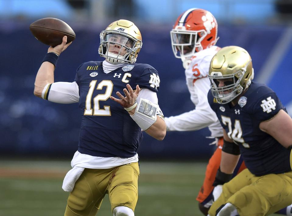 Notre Dame QB Ian Book throws a pass against Clemson during the ACC title game on Dec. 19. (AP)