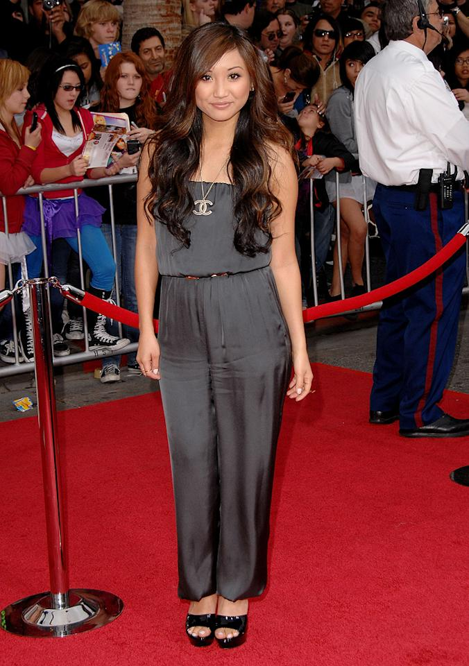"<a href=""http://movies.yahoo.com/movie/contributor/1804517291"">Brenda Song</a> at the Los Angeles premiere of <a href=""http://movies.yahoo.com/movie/1810025272/info"">Hannah Montana The Movie</a> - 04/02/2009"