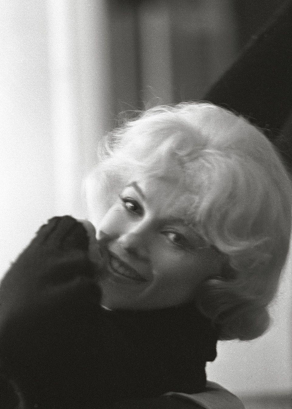 """<p>""""Looking over her left shoulder, she flashed a coy smile that told me all I needed to know about Marilyn Monroe: she knew who she was, she knew who I was, she knew what to do.""""</p>"""