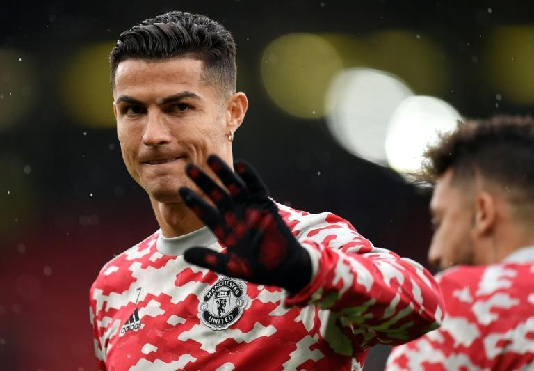 Cristiano Ronaldo was not in the starting team for Manchester United's match against Everton (AFP/Oli SCARFF)