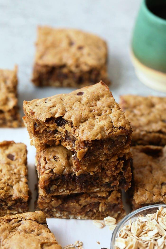 """<p>Even though these cookie bars don't have any refined sugars, they still taste sweet and delicious thanks to all-natural maple syrup. They're gooey, wholesome, and perfect for the whole family. </p><p><strong>Get the recipe at <a href=""""https://fitfoodiefinds.com/oatmeal-peanut-butter-cookie-bars/"""" rel=""""nofollow noopener"""" target=""""_blank"""" data-ylk=""""slk:Fit Foodie Finds"""" class=""""link rapid-noclick-resp"""">Fit Foodie Finds</a>.</strong></p>"""