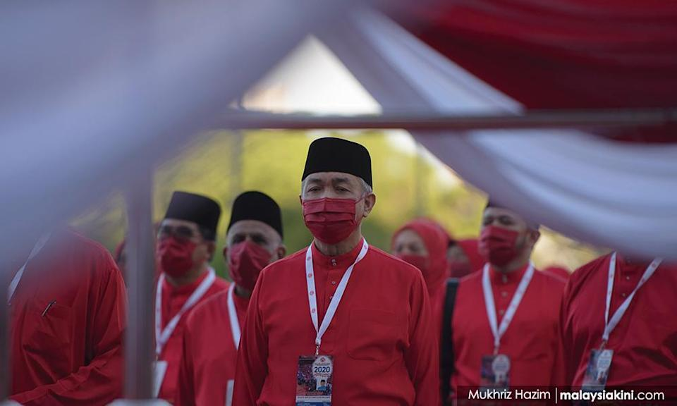 Umno pledges to amend Federal Constitution to strengthen syariah law