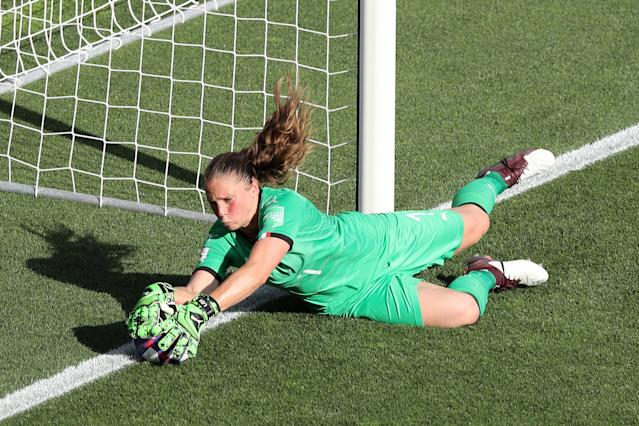 Laura Giuliani of Italy makes a save during the 2019 FIFA Women's World Cup France Round Of 16 match between Italy and China at Stade de la Mosson on June 25, 2019 in Montpellier, France. (Photo by Elsa/Getty Images)