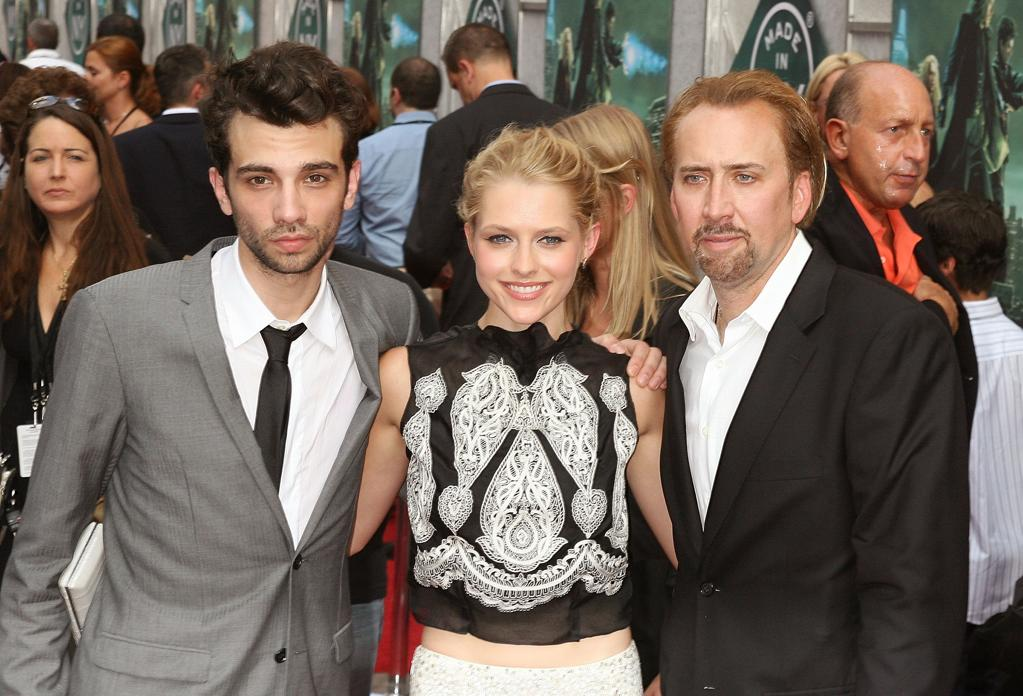 "<a href=""http://movies.yahoo.com/movie/contributor/1807480083"">Jay Baruchel</a>, <a href=""http://movies.yahoo.com/movie/contributor/1809678153"">Teresa Palmer</a> and <a href=""http://movies.yahoo.com/movie/contributor/1800018581"">Nicolas Cage</a> at the New York City premiere of <a href=""http://movies.yahoo.com/movie/1810073953/info"">The Sorcerer's Apprentice</a> - 07/06/2010"