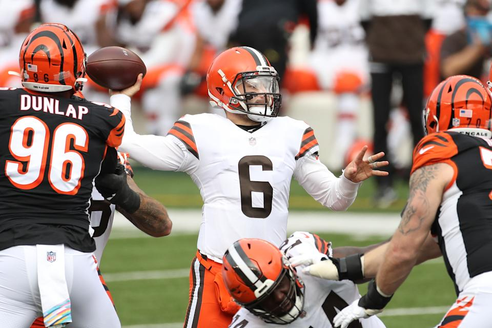 Cleveland Browns quarterback Baker Mayfield (6) had five TDs in a win. (Photo by Ian Johnson/Icon Sportswire via Getty Images)