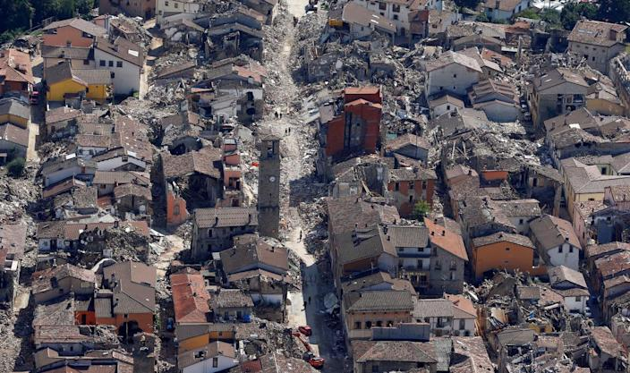 A general view after earthquake that levelled the town in Amatrice, central Italy. (REUTERS/Stefano Rellandini)