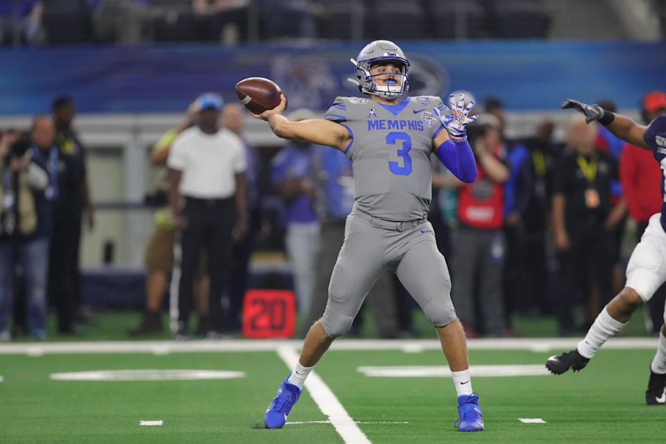 Memphis QB Brady White is off to a good start so far in 2020. (Photo by John Bunch/Icon Sportswire via Getty Images)