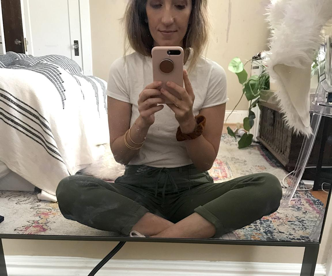 <p>One of the first things I do when shopping for comfortable pants is move around in them. I want to know if I have to yank them up when I bend, or if I have to pull them down when I sit on the floor. These were so easy to sit down in! They truly did not bunch anywhere!</p>