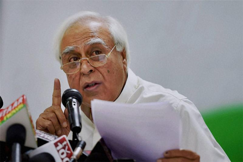 'Pariksha Pe Charcha' Hurts Their Prospects, Says Sibal Slamming PM Over 'Political Gimmick' of Keeping Students Off Books