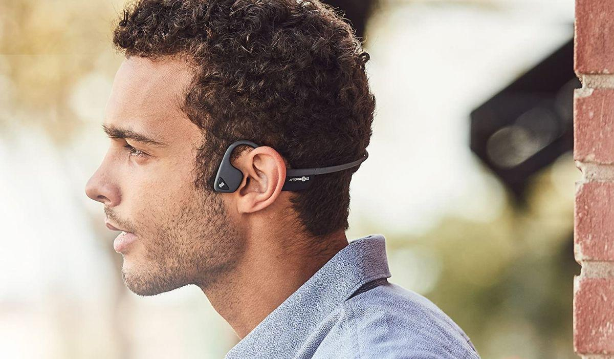 """""""Wait, how does the sound get into my ear-holes? Through my CHEEKBONES?! I mean, OK, if you... hey, it works!"""" (Photo: Aftershokz)"""