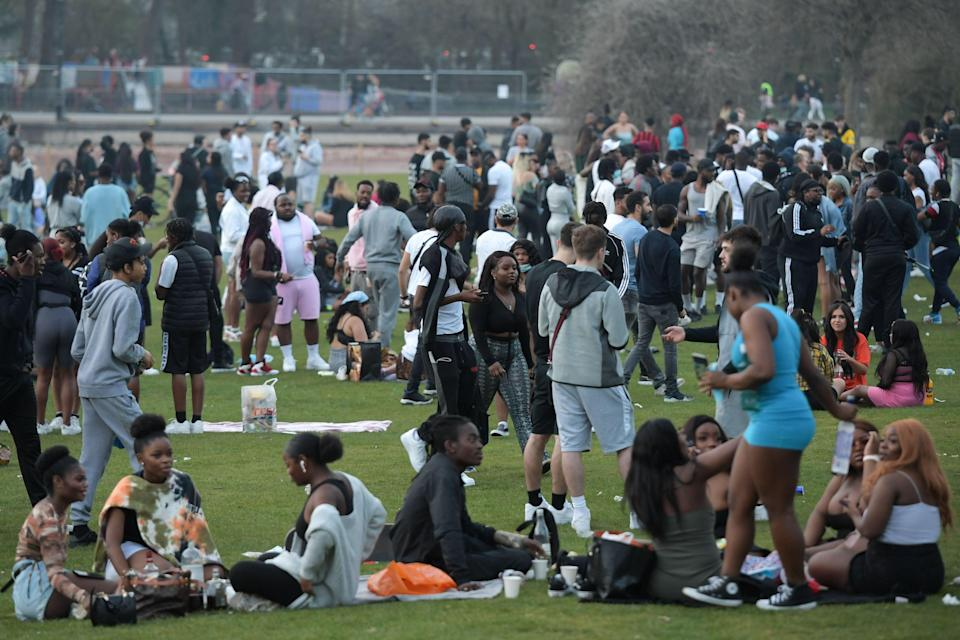 <p>Revellers packed into Cannon Hill Park in Birmingham on Tuesday</p> (SnapperSK)