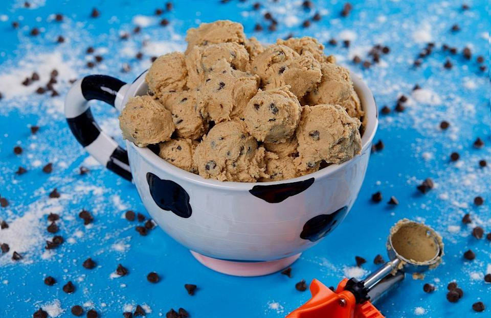 "<p>Would it be a holiday cookie roundup if we didn't add cookie dough to the list? This <a href=""https://www.thedailymeal.com/cook/ben-and-jerrys-edible-cookie-dough-recipe/072120?referrer=yahoo&category=beauty_food&include_utm=1&utm_medium=referral&utm_source=yahoo&utm_campaign=feed"" rel=""nofollow noopener"" target=""_blank"" data-ylk=""slk:Ben & Jerry's edible cookie dough"" class=""link rapid-noclick-resp"">Ben & Jerry's edible cookie dough</a> is suitable for anyone who prefers eating the cookies before they even go into the oven.</p> <p><a href=""https://www.thedailymeal.com/best-recipes/ben-and-jerrys-edible-cookie-dough?referrer=yahoo&category=beauty_food&include_utm=1&utm_medium=referral&utm_source=yahoo&utm_campaign=feed"" rel=""nofollow noopener"" target=""_blank"" data-ylk=""slk:For the Ben & Jerry's Edible Cookie Dough recipe, click here."" class=""link rapid-noclick-resp"">For the Ben & Jerry's Edible Cookie Dough recipe, click here.</a></p>"
