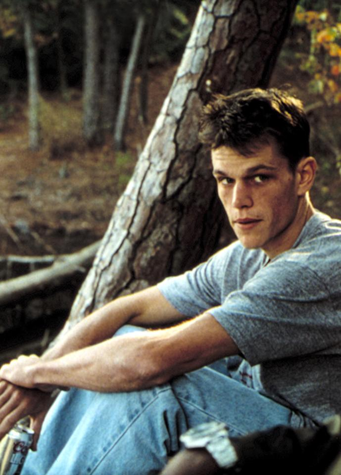 "Matt Damon -- Back in 1996, the ""Bourne Supremacy"" actor melted away 50 pounds for his role as a heroin addict in ""Courage Under Fire."" The star, who admits he ""went too far,"" submitted to a 100-day diet that led to dizzy spells, hot flashes, and damage to his adrenal glands -- all for two days of filming."