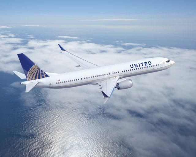 United Airlines is waiving change and cancellation fees through 2020