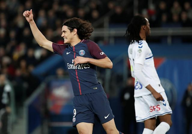 Soccer Football - Ligue 1 - Paris St Germain vs RC Strasbourg - Parc des Princes, Paris, France - February 17, 2018 Paris Saint-Germain's Edinson Cavani celebrates scoring a goal REUTERS/Benoit Tessier
