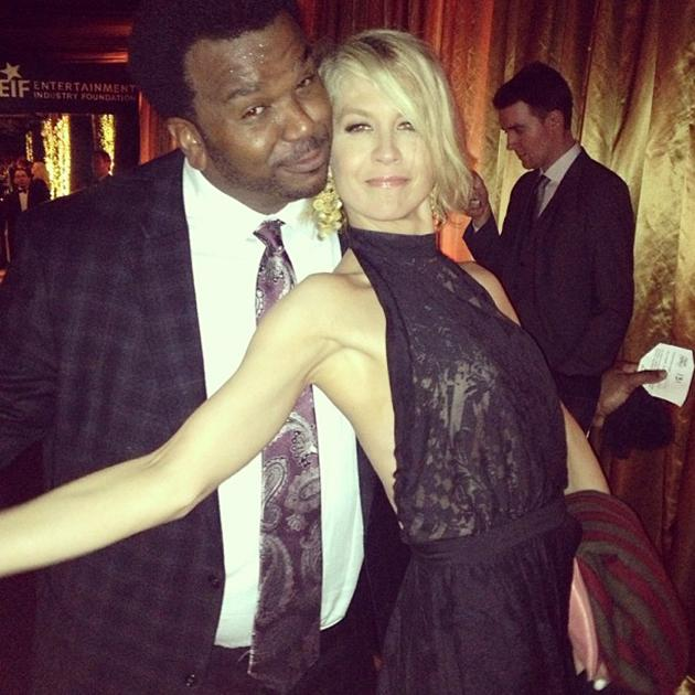 Me and Craig Robinson from The Office gettin' our boogie on! #SAGAwards - @JennaElfman