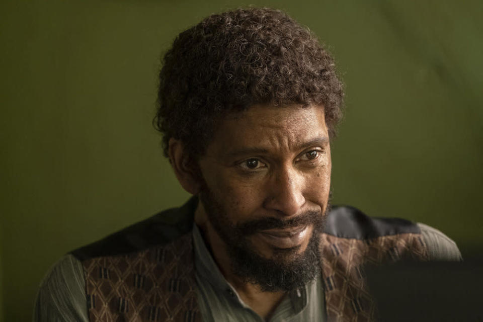 """This image released by NBC shows Ron Cephas Jones in a scene from """"This is Us."""" Jones won the award for outstanding guest actor in a drama series during the Creative Arts Emmy Awards on Saturday, Sept. 19, 2020. (Ron Batzdorff/NBC via AP)"""