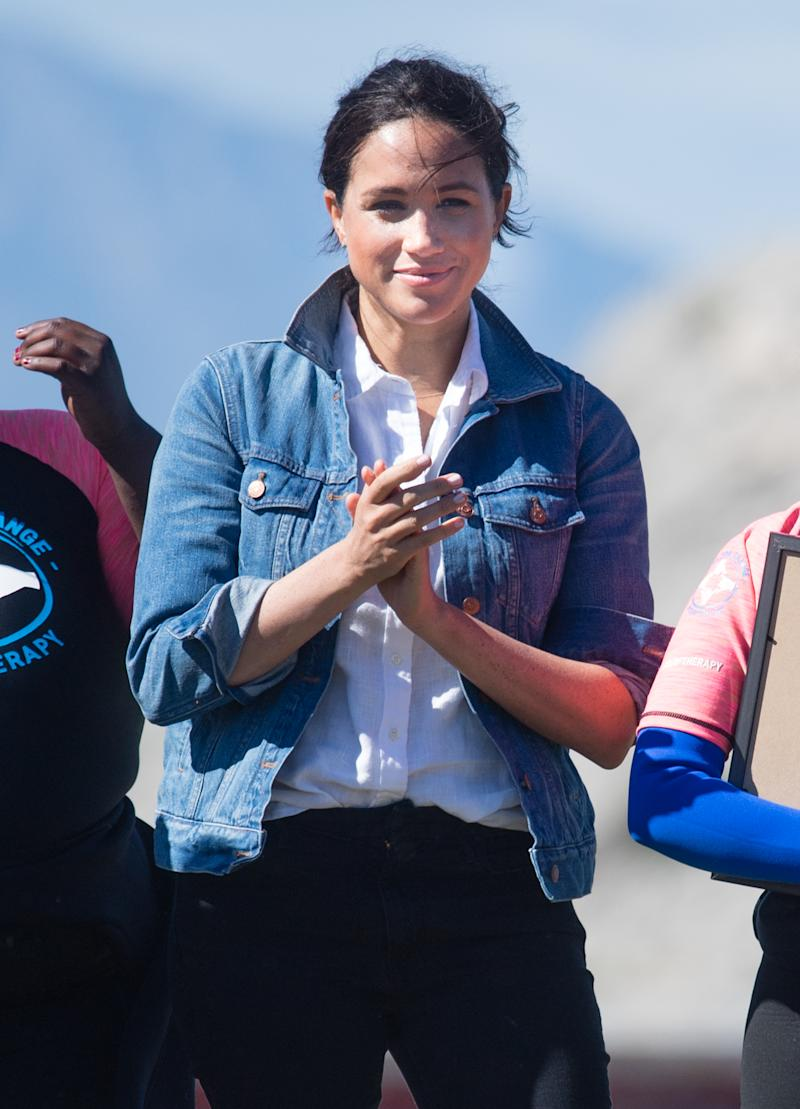 CAPE TOWN, SOUTH AFRICA - SEPTEMBER 24: Meghan, Duchess of Sussex visist Waves for Change, an NGO, at Monwabisi Beach during their royal tour of South Africa on September 24, 2019 in Various Cities, South Africa. (Photo by Samir Hussein/WireImage)