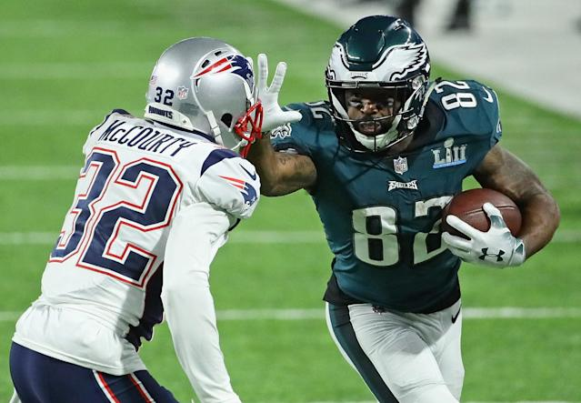 "Former <a class=""link rapid-noclick-resp"" href=""/nfl/teams/phi"" data-ylk=""slk:Eagles"">Eagles</a> wide receiver <a class=""link rapid-noclick-resp"" href=""/nfl/players/24845/"" data-ylk=""slk:Torrey Smith"">Torrey Smith</a> said President Donald Trump lied after cancelling team visit to The White House, something he called a ""cowardly act."" (Jonathan Daniel/Getty Images)"