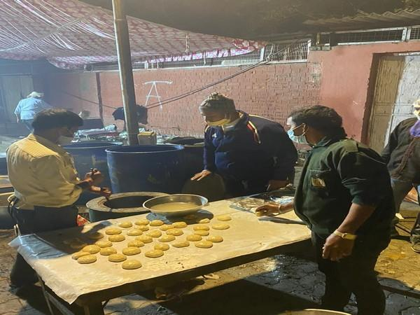 The catering business in Delhi is expected to take a hit after the guest capping order by Delhi government ahead of the wedding season in view of COVID-19 norms [Photo/ANI]