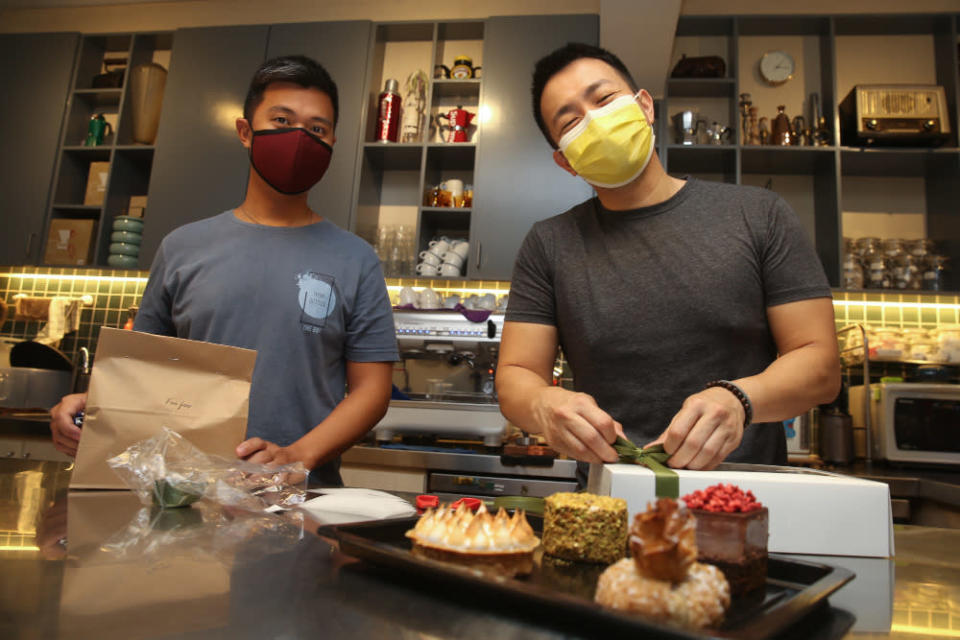 Jack Lua (right) and Chong Kin Foo (dessert maestro) of Foo Foo Fine Desserts in Taman Tun Dr Ismail, Kuala Lumpur, June 11, 2021. — Picture by Choo Choy May
