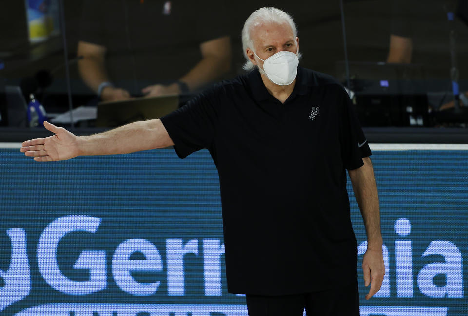 San Antonio Spurs coach Gregg Popovich has received the COVID-19 vaccine. (Kevin C. Cox/Getty Images)