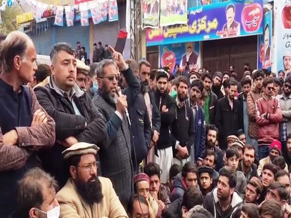 Major political parties have hit the streets in Pakistan claiming the Gilgit Baltistan polls are rigged.