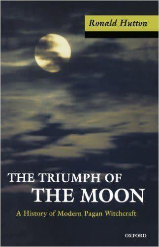 <i><span>The Triumph of the Moon</span></i> by Ronald Hutton&amp;nbsp;&quot;brings witchcraft out of the shadows,&quot; according to <span>Amazon</span>. Pagan scholar Sam Webster describes Hutton's work as &quot;the best single history on the development of the modern witchcraft movement.&quot;