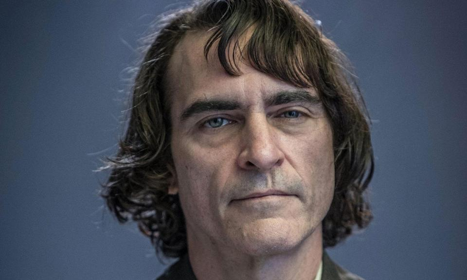 <p>An alternate movie universe take on the DCEU, as we follow Arthur Fleck as he becomes the face-painted criminal mastermind mind known as the Joker. Joaquin Phoenix stars as the titular super-villain. </p>