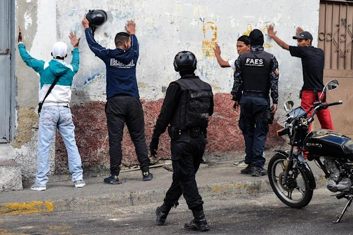 Confrontations between anti-Maduro activists and security forces have been deadly at times (AFP Photo/LUIS ROBAYO)