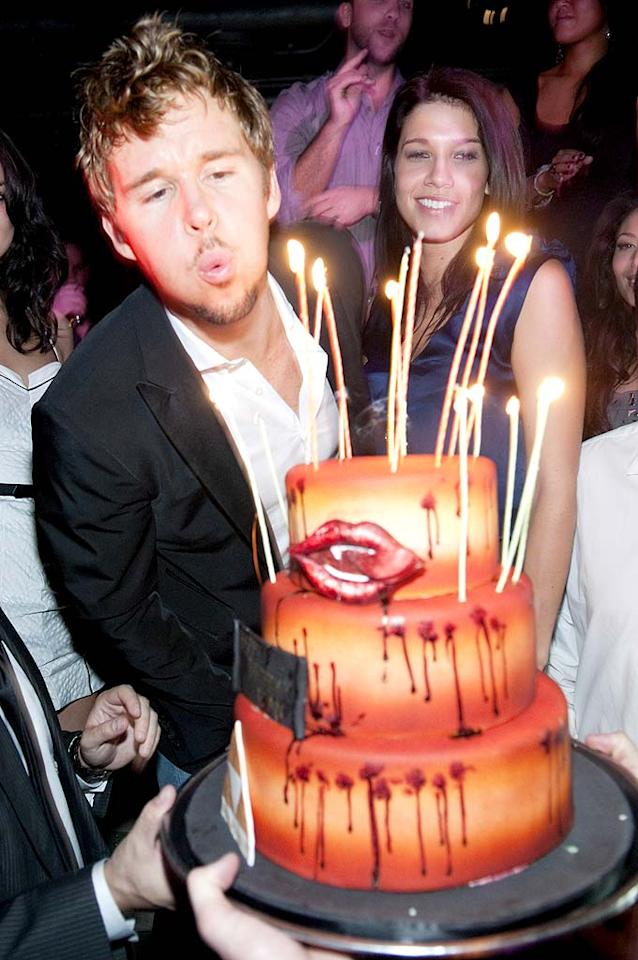 """True Blood"" hottie Ryan Kwanten celebrated his birthday with a party at The Underground in Chicago over the weekend. GQ Australia's Man of the Year turned 34 on November 28. Daniel Boczarski/<a href=""http://www.gettyimages.com/"" target=""new"">GettyImages.com</a> - November 27, 2010"