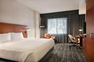 Courtyard Lancaster welcomes travelers to relax in its newly renovated and centrally located hotel. It is the first Marriott-branded hotel in the U.S. to be 100 percent solar powered.