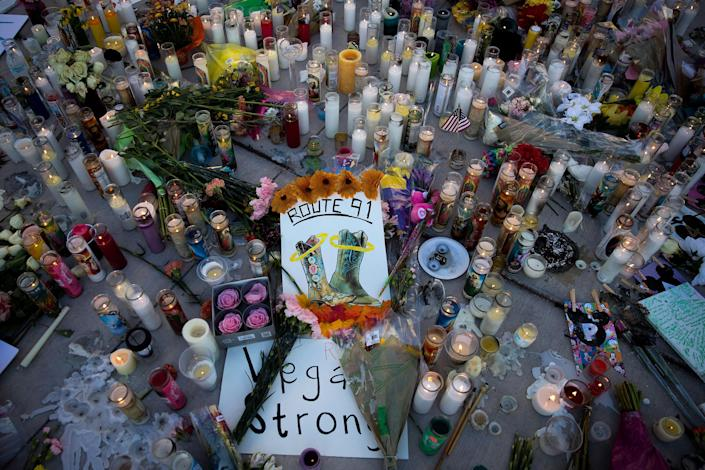 <p>A makeshift memorial for the victims of Sunday night's mass shooting stands at an intersection of the north end of the Las Vegas Strip, October 3, 2017 in Las Vegas, Nevada. (Photo: Drew Angerer/Getty Images) </p>