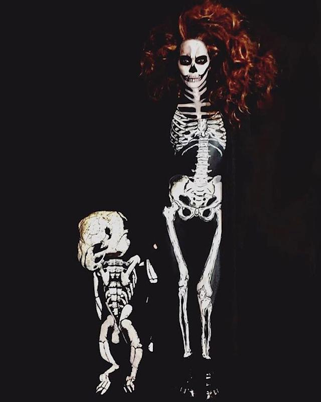 "<p>Berry shared this creepy-yet-cool shot of her and who we presume is her 3-year-old son, Maceo, done up as skeletons. ""Our costumes are really killin' it this year, don't you think?"" asked the actress. Yes, yes, we do. (Photo: <a href=""https://www.instagram.com/p/BMISdxqB2Kh/?hl=en"" rel=""nofollow noopener"" target=""_blank"" data-ylk=""slk:Instagram"" class=""link rapid-noclick-resp"">Instagram</a>) </p>"