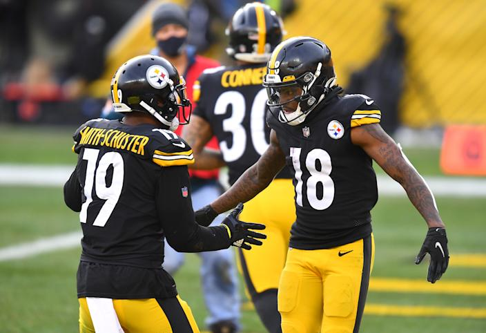 Diontae Johnson and JuJu Smith-Schuster are back to scoring touchdowns for the Steelers. (Joe Sargent/Getty Images)