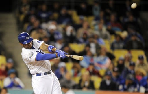 Harang fans 9 straight, Dodgers beat Padres 9-8