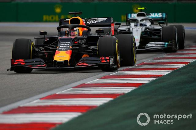 "Max Verstappen, Red Bull Racing RB15, precede Valtteri Bottas, Mercedes AMG W10 <span class=""copyright"">Mark Sutton / Sutton Images</span>"