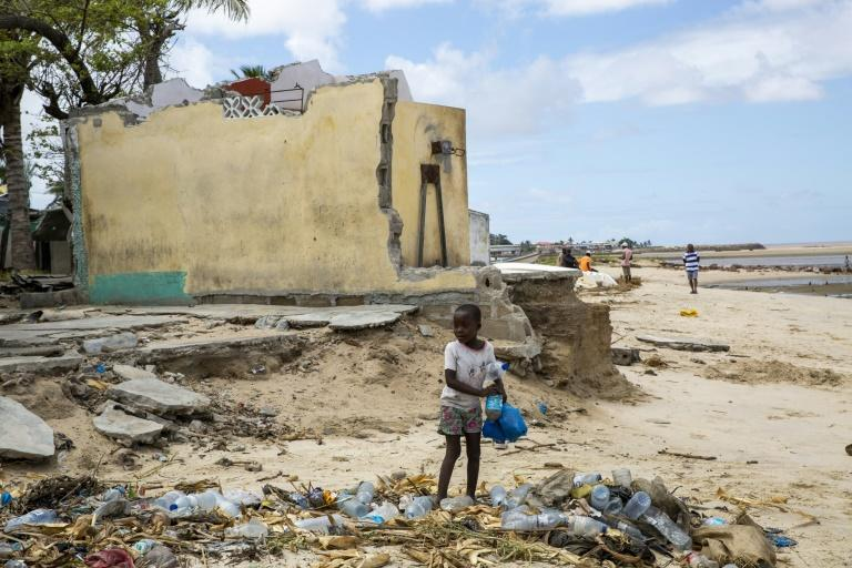 poorer nations are demanding that richer ones finally make good during COP26 on a decade-old promise to provide $100 billion each year to help them green their grids and adapt to climate change (AFP/KAREL PRINSLOO)