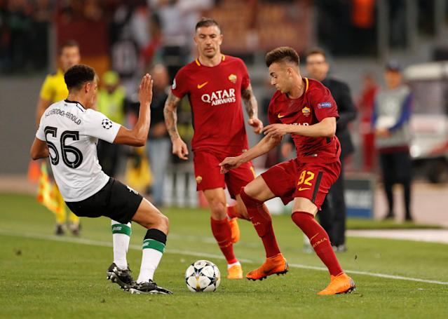 Soccer Football - Champions League Semi Final Second Leg - AS Roma v Liverpool - Stadio Olimpico, Rome, Italy - May 2, 2018 Roma's Stephan El Shaarawy in action with Liverpool's Trent Alexander-Arnold Action Images via Reuters/John Sibley