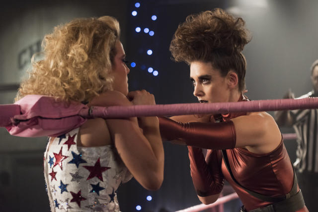 Betty Gilpin and Alison Brie in  <em>GLOW</em>. (Photo: Netflix)