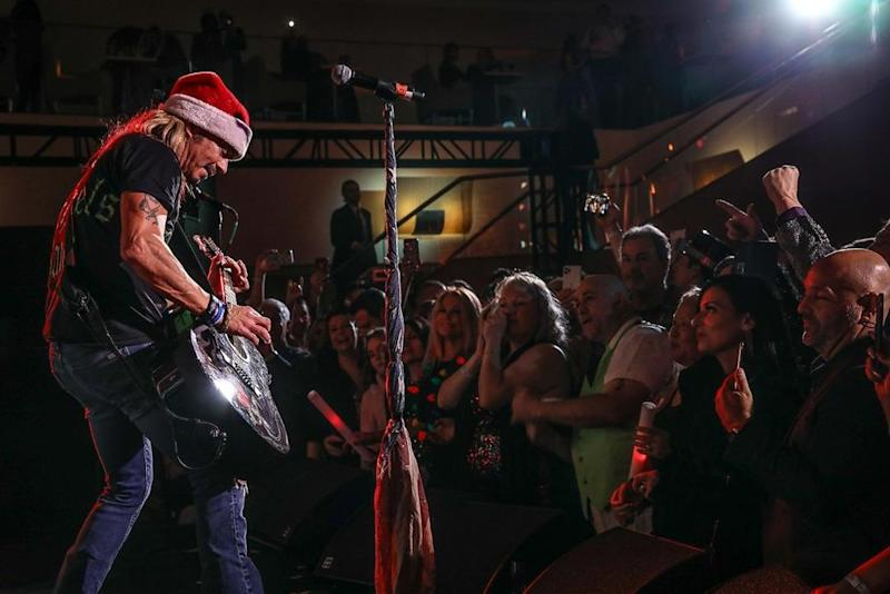 Bret Michaels performs at the Fourth Annual Matthew Gavin's Marquis New Year's Eve | Tyler Gustin