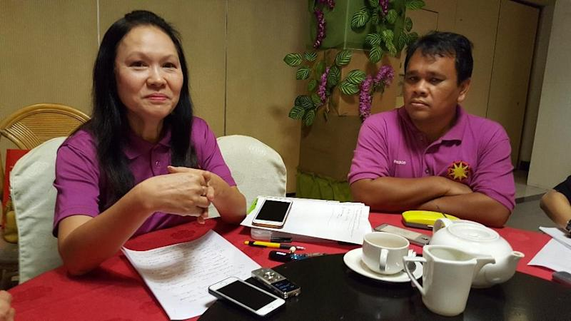 Soo (left) claimed that the committee looked like a cover-up committee to lull Sarawakians into accepting breaches of MA63. ― Picture by Sulok Tawie