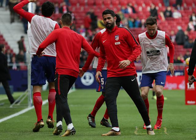 Soccer Football - La Liga Santander - Atletico Madrid vs Girona - Wanda Metropolitano, Madrid, Spain - January 20, 2018 Atletico Madrid's Diego Costa during the warm up before the match REUTERS/Sergio Perez