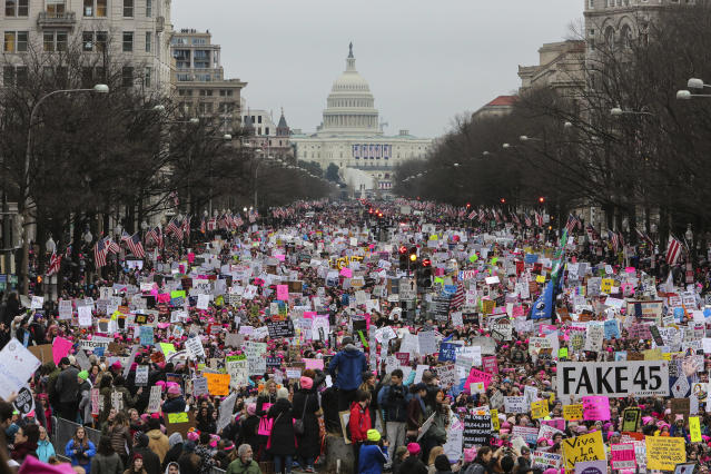 A crowd fills the streets of Washington during the Women's March on Jan. 21, 2017. (Photo: Oliver Contreras/For the Washington Post via Getty Images)