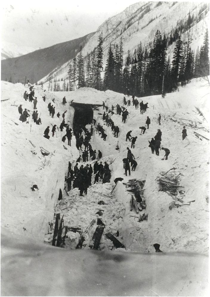 Rogers Pass avalanche disaster 5 March 1910