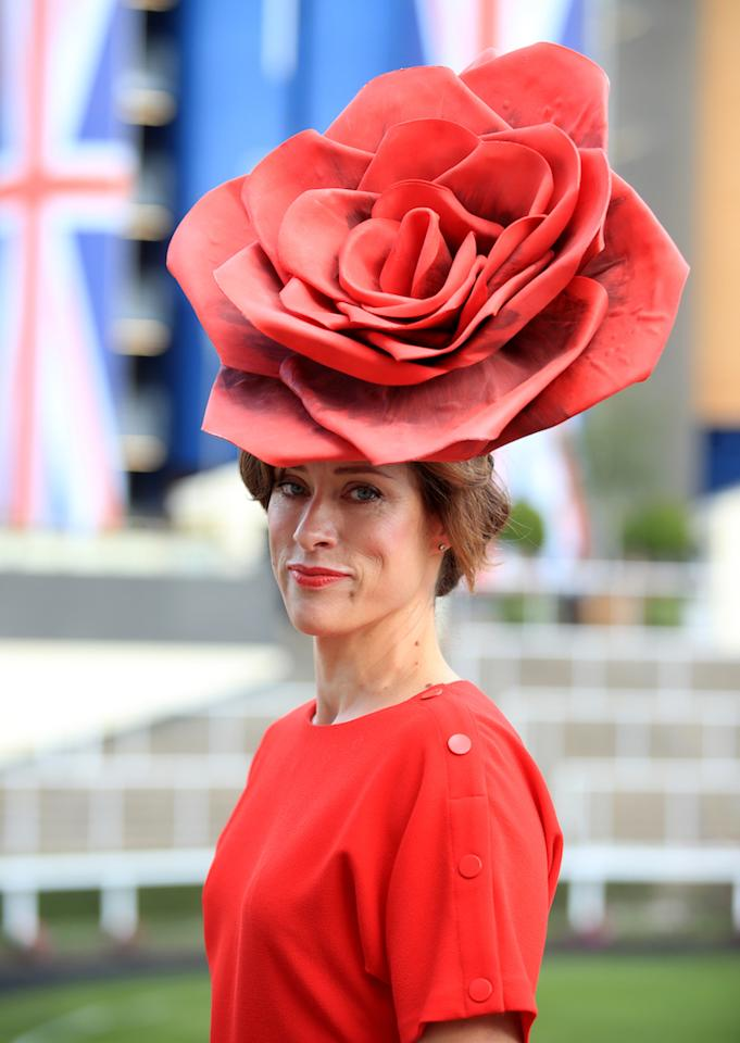 Sarah Soulsby chose an impressive rose-themed hat for a day at the races. [Photo: Getty]