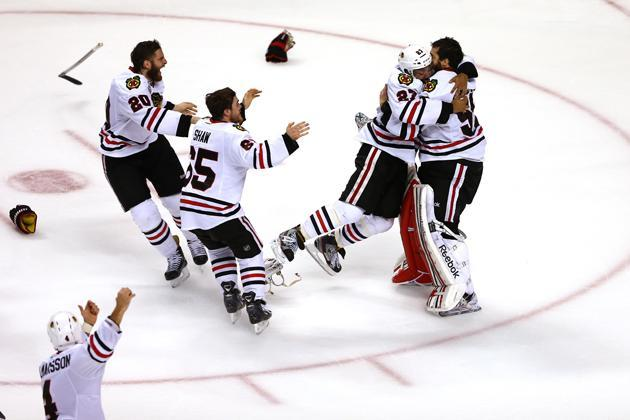 Hockey Hugs, Stanley Cup Final edition: Return of The Bickell; Toews loves Quenneville