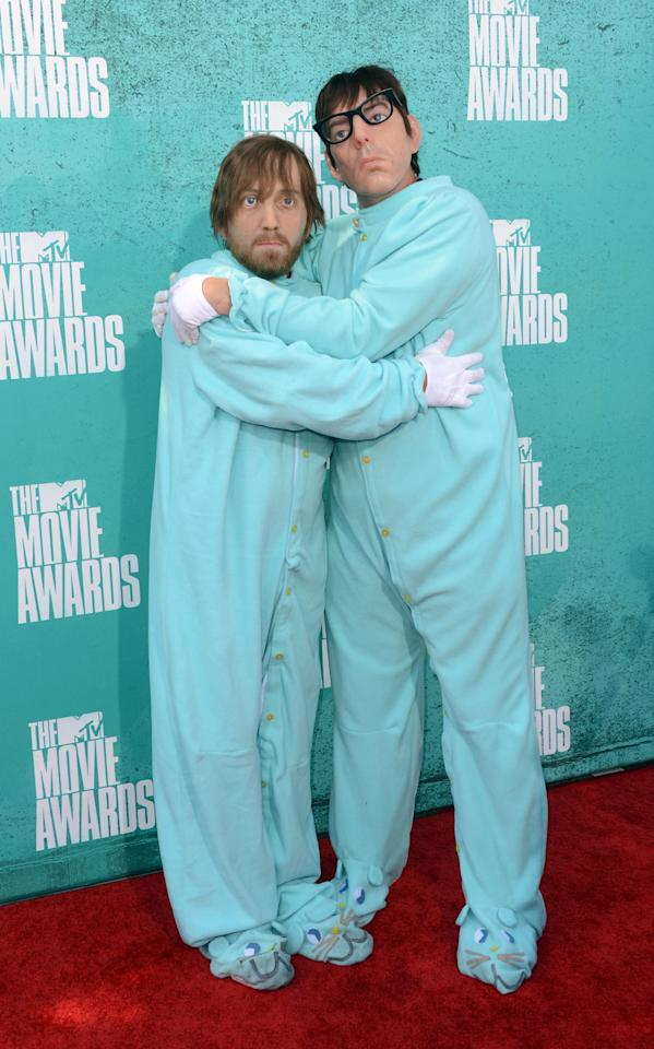 UNIVERSAL CITY, CA - JUNE 03: Musicians Dan Auerbach (L) and Patrick Carney of The Black Keys  arrive at the 2012 MTV Movie Awards held at Gibson Amphitheatre on June 3, 2012 in Universal City, California.  (Photo by Jason Merritt/Getty Images)